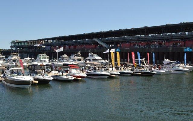 Salon du bateau flot de montr al ita yachts canada for Salon du canada