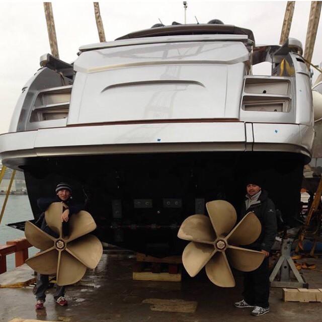 Surface Drives on Pershing Yachts  | Ita Yachts Canada