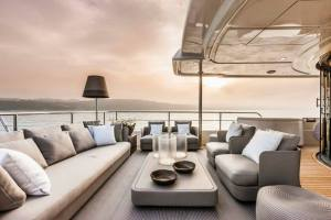 Navetta_28M_Lounge_Upper_Deck