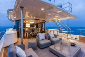 Navetta_28M_upper_deck_patio_door