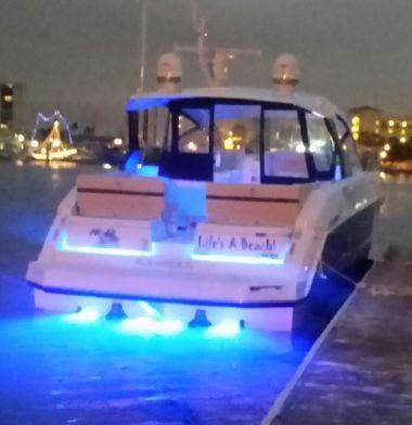 Cruisers Yachts 390 Express Cruisers 2017 Ita Yachts
